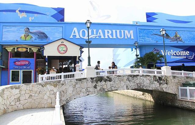 Plan en familia para visitar La Isla Cancún