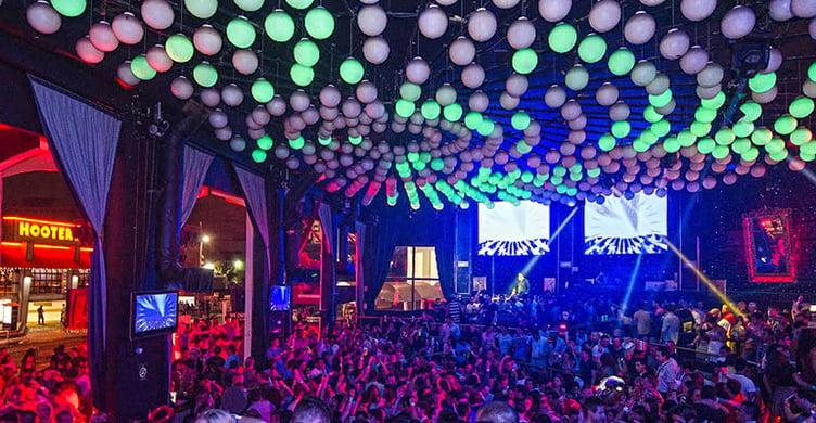 Que hacer en Cancún de antro en Mandala Cancun